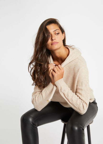 Pull manches longues a capuche beige femme